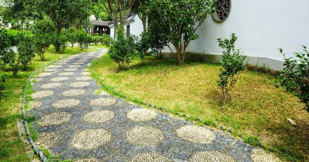 front yard landscapign idea